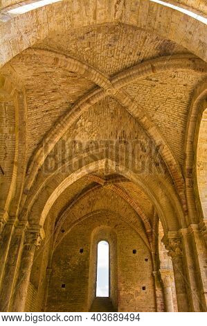 Chiusdino, Italy - 7th September 2020. A Rib Vault In The Remains Of The Roofless San Galgano Abbey