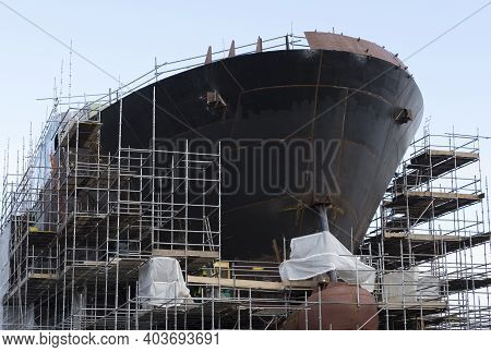 Ship Building And Crane In Port Glasgow Ferguson Shipbuilding Scaffold Dock Harbor Harbour