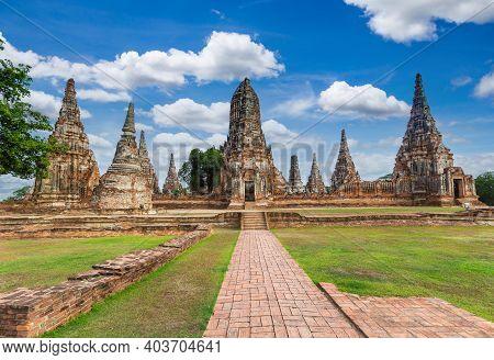 Wat Chaiwatthanaram Temple, Ayutthaya, Thailand (ayutthaya Historical Park )