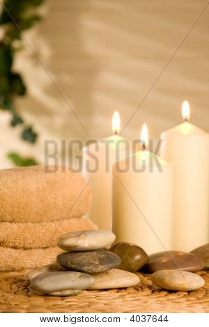 Spa Candles With Pebbles