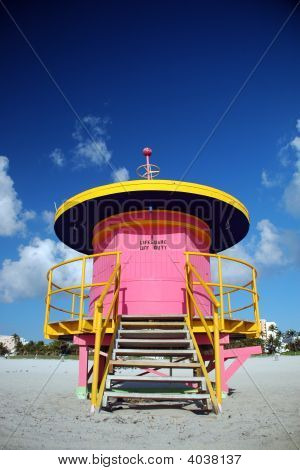 Closed Pink Lifeguard Tower In South Beach