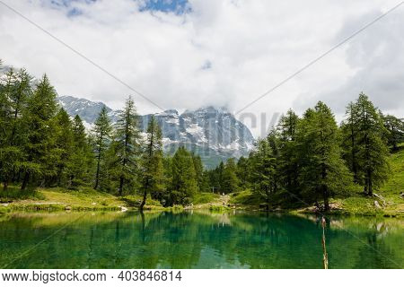 Beautiful View Of The Matterhorn From A Clear Lake