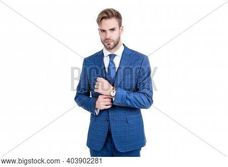Suiting Trend. Broker Wear Classic Navy Suit. Business Formal Style. Trendy Menswear. Formalwear. Cl