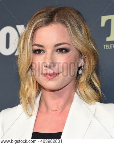LOS ANGELES - FEB 06:  Actress Emily VanCamp arrives for FOX Winter TCA 2019 on February 06, 2019 in Los Angeles, CA