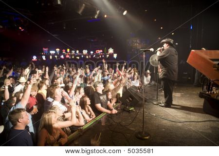 Colt Ford In Front Of A Sold Out Show At The Texas Club In Baton Rouge Louisiana 4-17-09