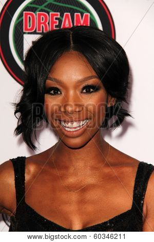 LOS ANGELES - FEB 22:  Brandy Norwood at the 45th NAACP Image Awards Arrivals at Pasadena Civic Auditorium on February 22, 2014 in Pasadena, CA