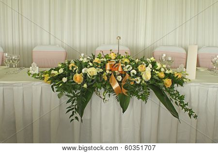 Flower table decoration at a wedding