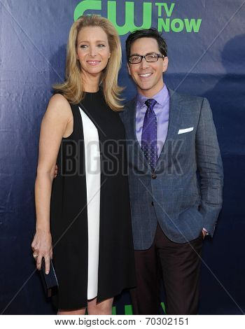 LOS ANGELES - JUL 17:  Lisa Kudrow & Dan Bucatinsky arrives to the CBS-CW-Showtime Summer TCA Press Tour 2014  on July7, 2014 in West Hollywood, CA.