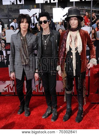 LOS ANGELES - APR 13:  Palaye Royale arrives to the 2014 MTV Movie Awards  on April 13, 2014 in Los Angeles, CA.