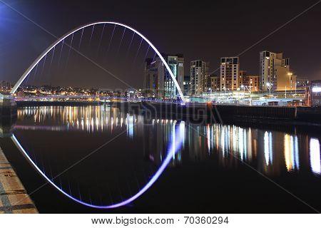 Newcastle / Gateshead Millennium Bridge At Night Time