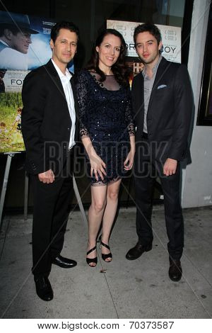 LOS ANGELES - AUG 15:  Andy Hirsch, Kate Connor, Johnny Pacar at the
