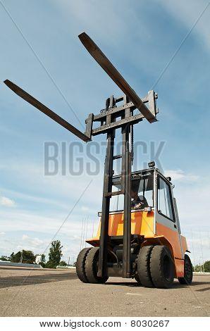 Forklift Loader For Warehouse Works
