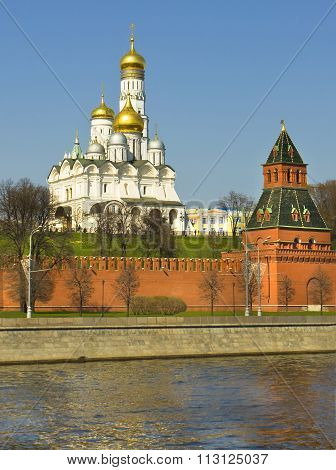 Moscow Archangel cathedral and bell tower of Ivan the Great in Moscow Kremlin fortress. poster