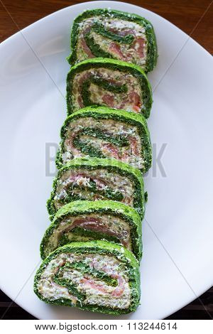 Spinach, Smoked Salmon and Cheese Cream Rolls