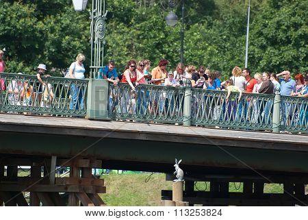 Saint-Petersburg. Russia. People on the Ioannovsky Bridge