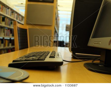 Computer In Libary