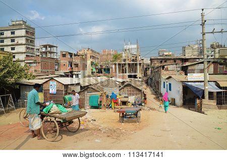 Poor residential area in Dhaka