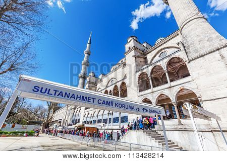 ISTANBUL, TURKEY - APRIL 10, 2015: Sultan Ahmed or Blue Mosque in Istanbul, with unidentified people. It was built from 1609 to 1616