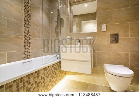 Luxury Three Piece Bathroom In Beige - Brown