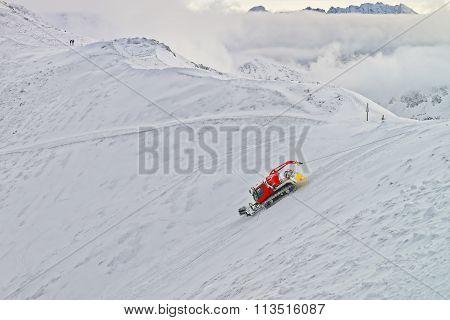 Ratrack At Work In Kasprowy Wierch Peak In Zakopane In Winter