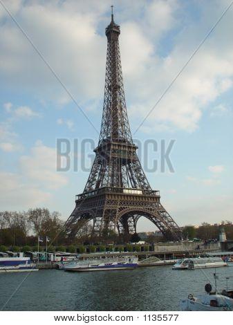 Eiffel Tower 0672