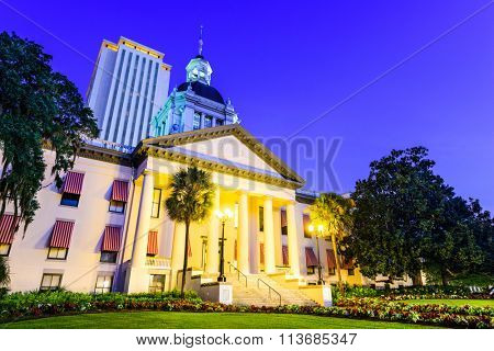 Tallahassee, Florida, USA at the Old and New Capitol Building.