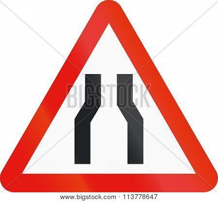 Road Sign Used In Spain - Narrowing Of Carriageway