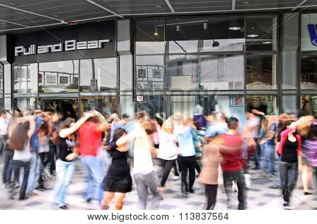 Dance Flash Mob