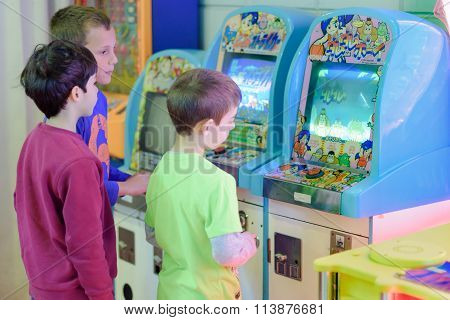 Kids At The Arcade