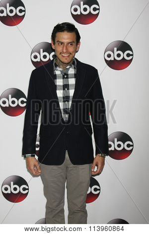 LOS ANGELES - JAN 9:  Richard Cabral at the Disney ABC TV 2016 TCA Party at the The Langham Huntington Hotel on January 9, 2016 in Pasadena, CA