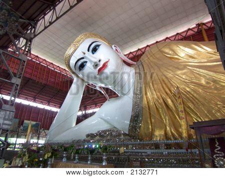 Myanmar'S Reclining Buddha
