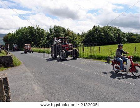 hillbilly tractor run