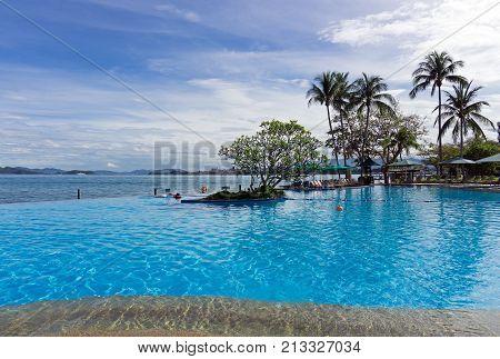 Kota Kinabalu, Malaysia - February 18, 2017: Beautiful Infinity Pool At Shangri-la Hotel And Resort