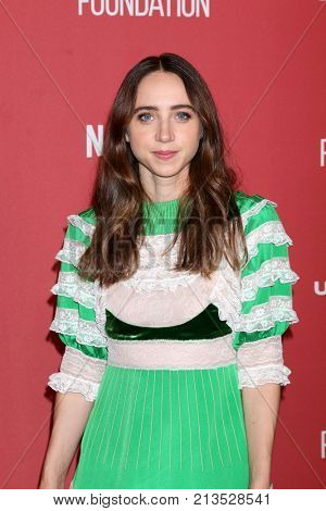 LOS ANGELES - NOV 9:  Zoe Kazan at the Patron of the Artists Awards 2017 at Wallis Annenberg Centeron November 9, 2017 in Beverly Hills, CA