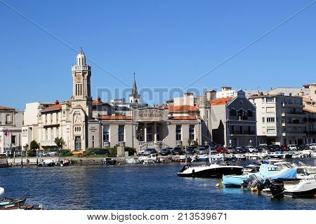 Sete, Herault, France  - Aug 21 2017: The Canal Quayside In Sete, Languedoc, France, Showing The Imp