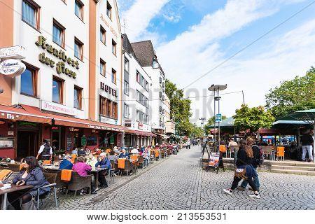 Am Bollwerk Promenade In Cologne City