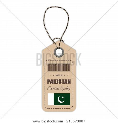Hang Tag Made In Pakistan With Flag Icon Isolated On A White Background. Vector Illustration. Made In Badge. Business Concept. Buy products made in Pakistan. Use For Brochures, Printed Materials, Logos, Independence Day