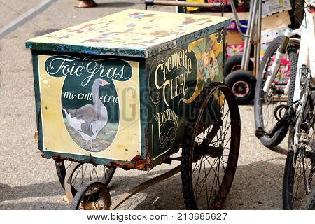 Pezenas, Herault, France - Aug 26 2017: Old-fashioned Vintage Retro Styled Hand Cart Selling Pate Fo