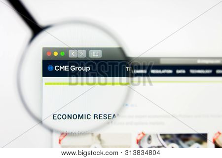 Richmond, Virginia, Usa - 27 July 2019: Illustrative Editorial Of Cme Group Inc Website Homepage. Cm