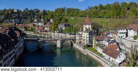 Bern, Switzerland - April 13, 2017: View Over River Aare And The Bridge Untertorbrucke In The Histor