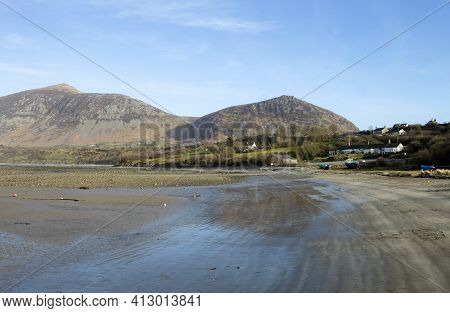 Trefor Beach, Wales. Secluded Bay Near Snowdonia On The Llyn Peninsula On A Sunny, Bright Spring Day