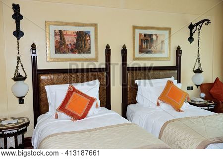 Dubai, Uae - September 9: The Apartment In Jumeirah Al Qasr Luxury Hotel On September 9, 2013 In Dub