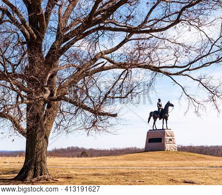 Gettysburg, Pennsylvania, Usa March 13, 2021 A Statue Of Union General Gordon Meade Upon His Horse A