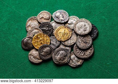 A Treasure Of Roman Gold And Silver Coins.trajan Decius. Ad 249-251. Av Aureus.ancient Coin Of The R