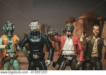 MARCH 8 2021: Star Wars Tatooine Mos Eisley scum and villainy characters Greedo, Blue Snaggletooth, Walrusman, Dr. Evazan   - customized Hasbro action figure