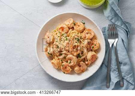 Pasta Spaghetti With Grilled Shrimps Bechamel Sauce. Spaghetti With Seafood Rich Cream. Cooking Medi