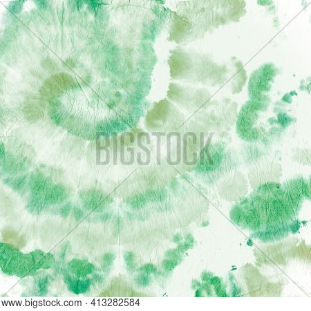 Tie Dye Circular. Color Watercolor Pattern. Hippie Circle Painting. Green Tye Dye Effect. Spiral Bat