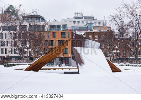 Quebec City, Quebec, Canada - 17 January 2021: «eclatement Ii» On The Place Jean Pelletier In Que