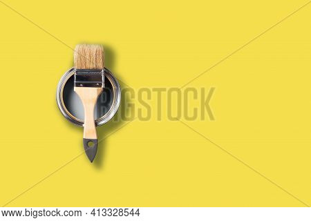Demonstrating Trendy Color Of The Year 2021. Illuminating Yellow And Ultimate Gray. Brush And Open P