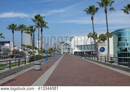 LONG BEACH, CALIFORNIA - JAN 30, 2019: Promenade at the Long Beach Convention Center. The walkways connects the center and Shoreline Village.